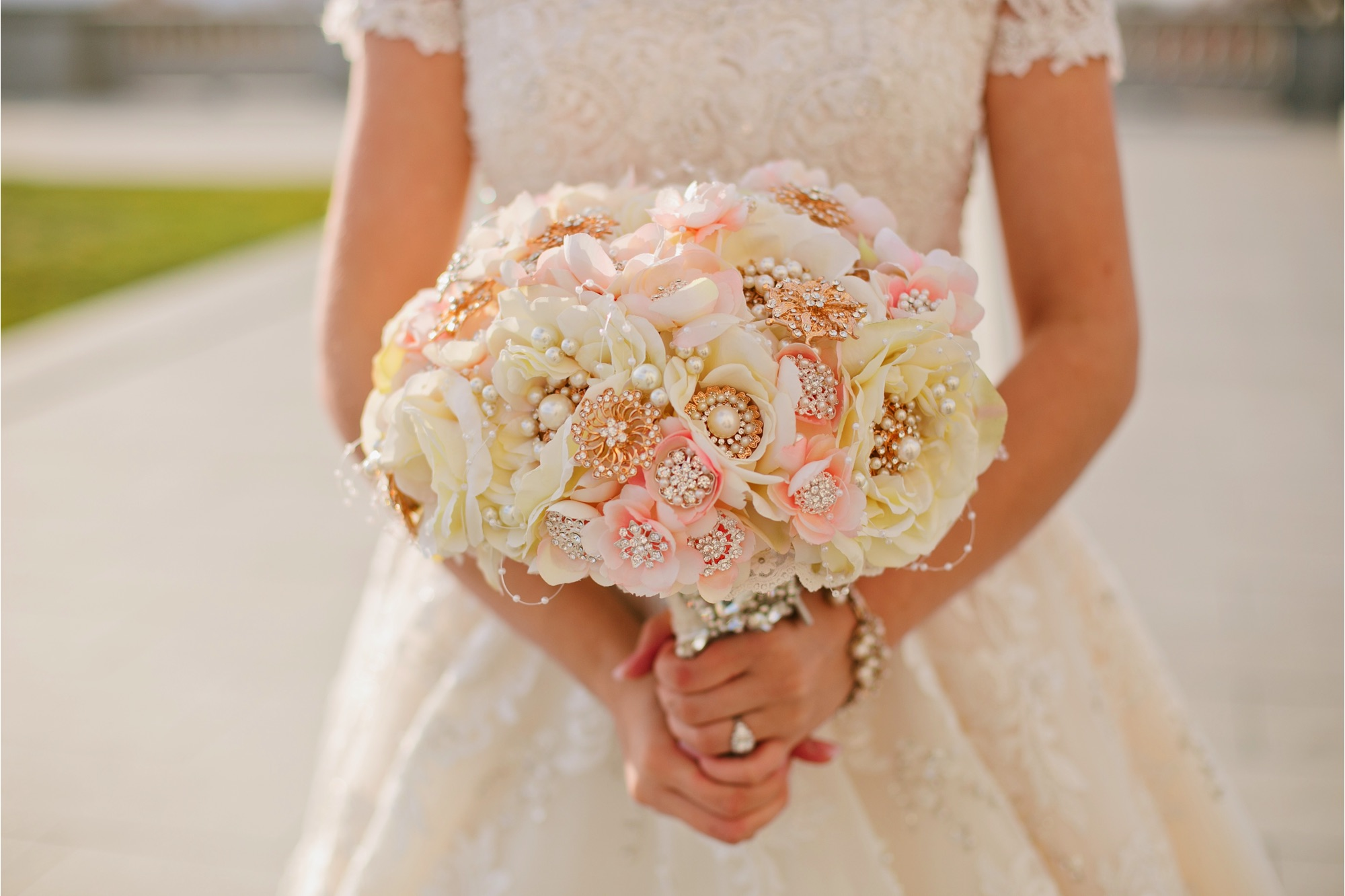 Wedding Flowers Las Vegas I Do Is Committed To Providing Our Clients Personalized Service In Fl Design From The Initial Consultation